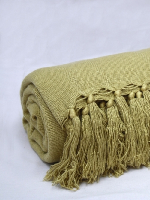 Bamboo Throw Medium