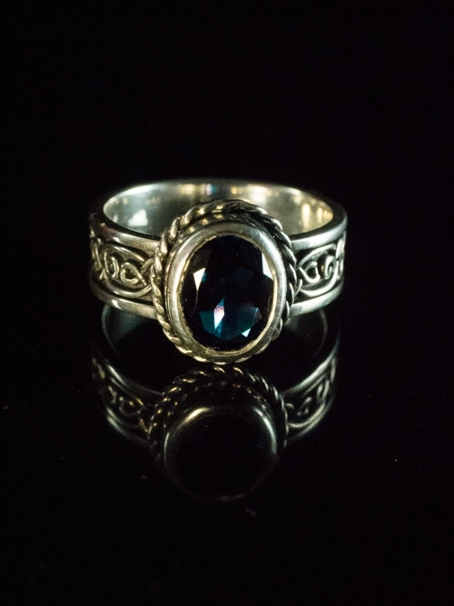 Celtic Knot Ring With Oval Iolite
