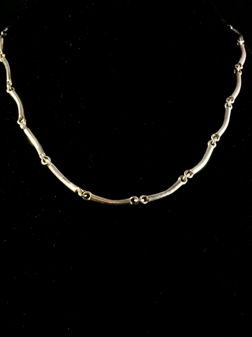 Round Wire Link Necklace