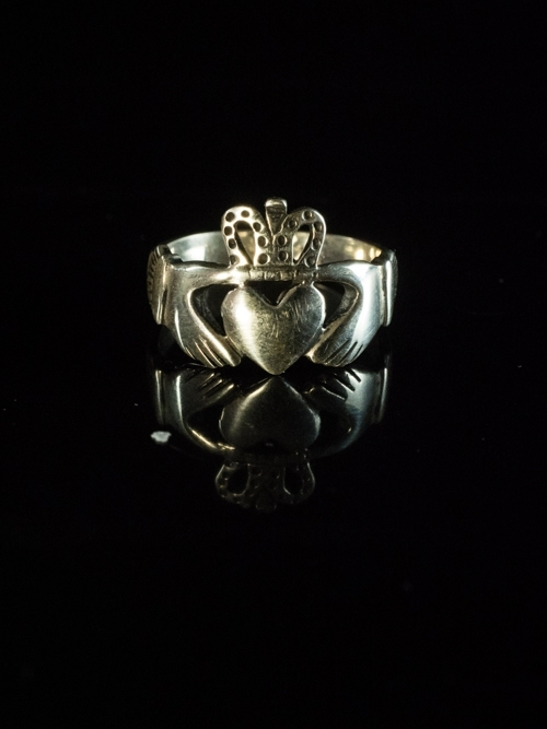 Claddagh Ring Petite