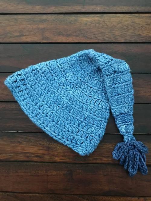 Pixie Hat (baby blue)
