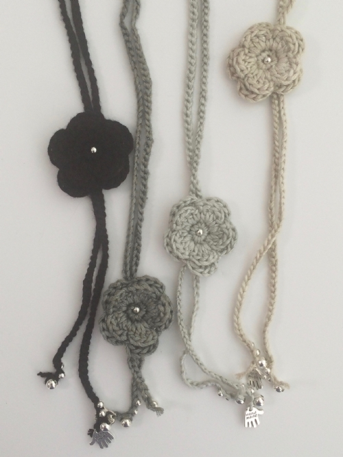 Flower Necklace (Bamboo)