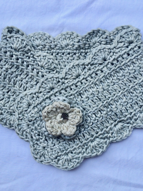 Buttonhole Scarf Stone