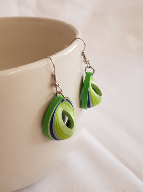 Quilling Small Teardrop Earrings