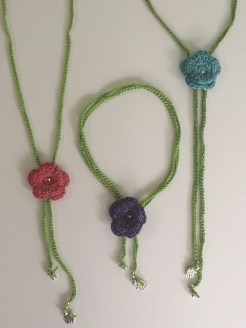 Flower Necklace (Bamboo Brights)