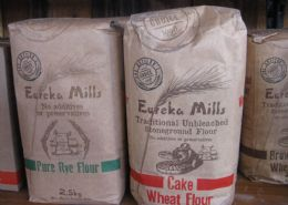 Stone Ground Bread Flours - 2.5KG (White, Brown,W/meal Pure Rye, W/Meal Rye, Crushed Rye, Cake)