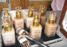 Inthusiasm Liquid Foundations
